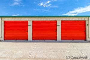 Image of CubeSmart Self Storage - Erie - 1401 E County Line Rd Facility on 1401 E Country Line Rd  in Erie, CO - View 3