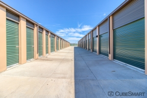 CubeSmart Self Storage - Fort Collins - 1202 Waterglen Dr - Photo 2