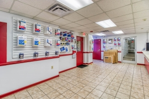 Image of Storage Sense - Memphis Facility on 1485 Madison Avenue  in Memphis, TN - View 3