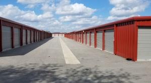 Superior Storage - Robinson Ave - Photo 4