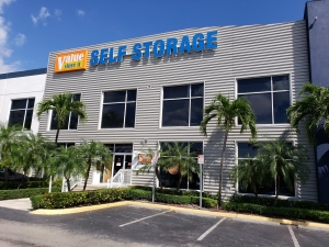 Image of Value Store It - Miami Airport Center Facility at 7500 Northwest 25th Street  Miami, FL