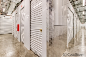 CubeSmart Self Storage - Phoenix - 2020 E Indian School Rd - Photo 3