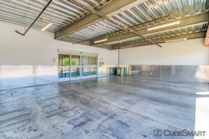 CubeSmart Self Storage - Phoenix - 2020 E Indian School Rd - Photo 5