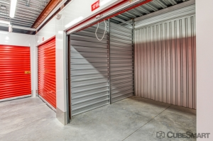 Image of CubeSmart Self Storage - Orlando - 9001 Eastmar Commons Blvd Facility on 9001 Eastmar Commons Boulevard  in Orlando, FL - View 4