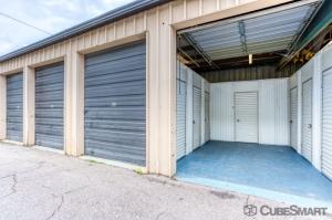 CubeSmart Self Storage - Lakeland - 3345 E Memorial Blvd - Photo 3