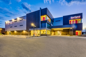 Image of StorQuest - Denver/36th Facility on 7200 East 36th Avenue  in Denver, CO - View 3