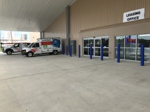 Image of Community Self Storage - Bellaire / West U / Galleria - 5611 S. Rice Ave. Facility on 5611 South Rice Avenue  in Houston, TX - View 4