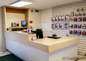 Picture of CubeSmart Self Storage - San Antonio - 6100 Ingram Rd