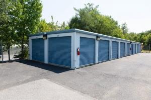 Image of Waldorf Maryland Self Storage Facility on 2298 Old Washington Road  in Waldorf, MD - View 3