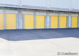 CubeSmart Self Storage - Cincinnati - 814 Dellway St - Photo 4