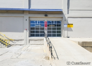 CubeSmart Self Storage - Cincinnati - 814 Dellway St - Photo 3