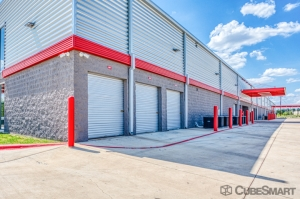 Image of CubeSmart Self Storage - Pflugerville - 2220 E Howard Ln Facility on 2220 East Howard Lane  in Pflugerville, TX - View 4
