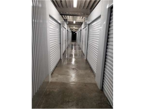 Image of Extra Space Storage - Chicago - 5746 W Roosevelt Rd Facility on 5746 West Roosevelt Road  in Chicago, IL - View 3