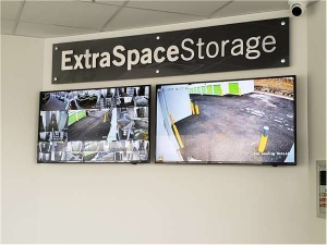 Extra Space Storage - Chicago - 5746 W Roosevelt Rd - Photo 5