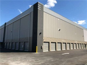 Extra Space Storage - Tampa - 10110 Anderson Rd - Photo 2