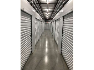 Extra Space Storage - Tampa - 10110 Anderson Rd - Photo 3