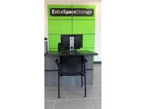 Extra Space Storage - Tampa - 10110 Anderson Rd - Photo 4