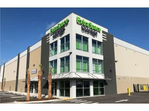 Extra Space Storage - Tampa - 10110 Anderson Rd - Photo 7