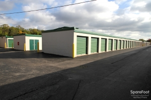 The Lock Up Self Storage - Northbrook - Photo 5