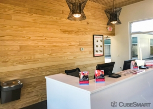 CubeSmart Self Storage - Elgin - Photo 5