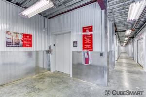 CubeSmart Self Storage - Fort Myers - 10688 Colonial Blvd - Photo 6