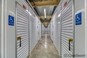 CubeSmart Self Storage - Metairie - 3017 N Causeway Blvd - Photo 2