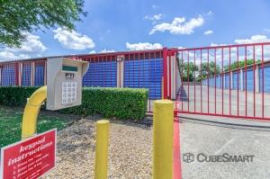 Image of CubeSmart Self Storage - Rowlett Facility on 5250 Grisham Drive  in Rowlett, TX - View 2