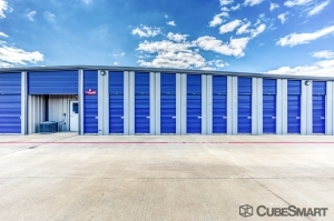 Image of CubeSmart Self Storage - Manvel - 2695 County Road 58 Facility on 2695 County Road 58  in Manvel, TX - View 3