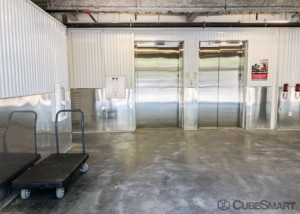 CubeSmart Self Storage - Atlanta - 56 Peachtree Valley Rd NE - Photo 4