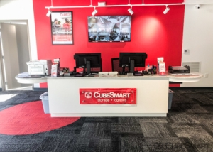 CubeSmart Self Storage - Atlanta - 56 Peachtree Valley Rd NE - Photo 6