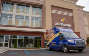 Image of Life Storage - Greer - 1408 Boiling Springs Rd Facility on 1408 Boiling Springs Road  in Greer, SC - View 4