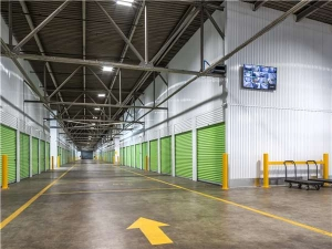 Image of Extra Space Storage - St Louis - Vandeventer Ave Facility on 722 South Vandeventer Avenue  in St. Louis, MO - View 2