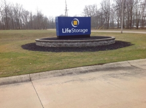 Image of Life Storage - Highland Heights Facility on 355 Bishop Road  in Highland Heights, OH - View 3