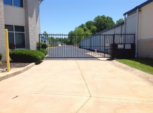 Image of Life Storage - Highland Heights Facility on 355 Bishop Road  in Highland Heights, OH - View 4