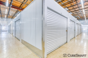 Image of CubeSmart Self Storage - Saint Petersburg - 7470 30th Ave N Facility on 7470 30th Avenue North  in St. Petersburg, FL - View 3