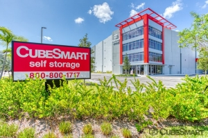 CubeSmart Self Storage - Fort Lauderdale - 5601 NE 14th Ave - Photo 1