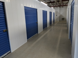 Picture of Devon Self Storage - Davenport