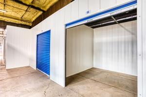 Devon Self Storage - Davenport - Photo 12