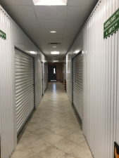 Image of Right Move Storage - Royal Oaks Facility on 12121 Westheimer Road  in Houston, TX - View 4