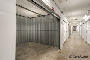 CubeSmart Self Storage - Spring - 610 Sawdust Road - Photo 4