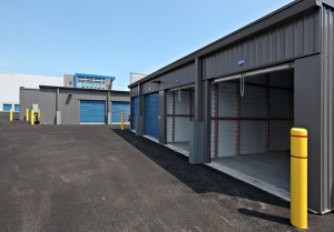 Image of Self Storage Plus - Middle River II Facility on 3318 Eastern Boulevard  in Middle River, MD - View 3