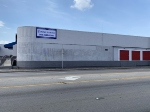 Image of Prime Storage - Hialeah Facility on 1000 Hialeah Drive  in Hialeah, FL - View 2