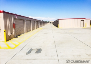 Image of CubeSmart Self Storage - Ripon Facility on 928 Frontage Road  in Ripon, CA - View 3