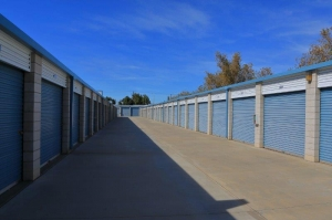 Storage Solutions - Moreno Valley - Photo 4