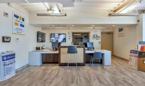 Image of Life Storage - Phoenix - 3325 North 16th Street Facility on 3325 North 16th Street  in Phoenix, AZ - View 2