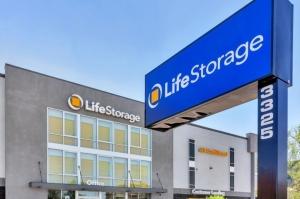 Image of Life Storage - Phoenix - 3325 North 16th Street Facility on 3325 North 16th Street  in Phoenix, AZ - View 4