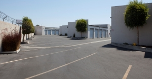 Image of E-Z Storage of Buena Park, L.P. Facility on 8251 Orangethorpe Avenue  in Buena Park, CA - View 3