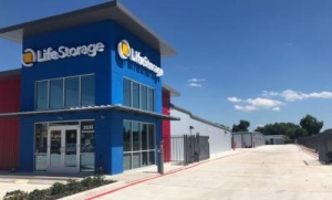 Picture of Life Storage - San Antonio - 3535 Roosevelt Avenue