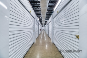 CubeSmart Self Storage - Farmers Branch - Photo 3