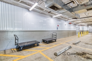 CubeSmart Self Storage - Farmers Branch - Photo 4
